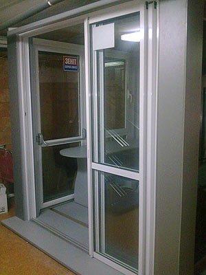Дверь раздвижная офисная