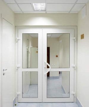 Двери металлопластиковые